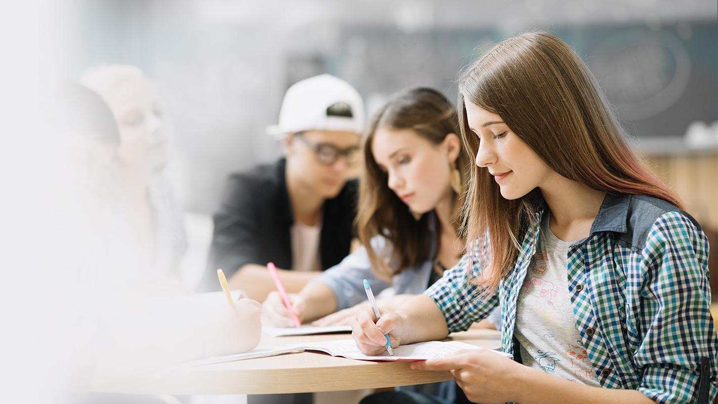 Zvažujete studium na Moravském gymnáziu?